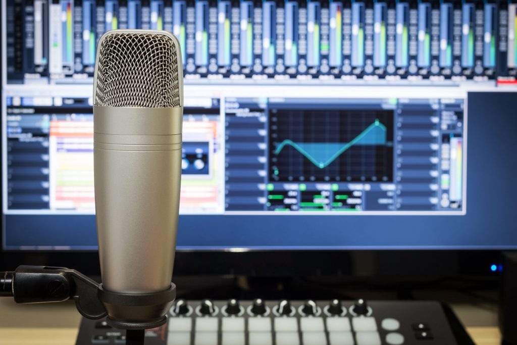 Best Microphone for Live Vocals